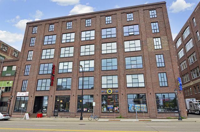 Soho Lofts Minneapolis Is A True Loft Conversion In The North Loop Neighborhood Originally Home To Johnson Nut Company This Warehouse Was Remodeled