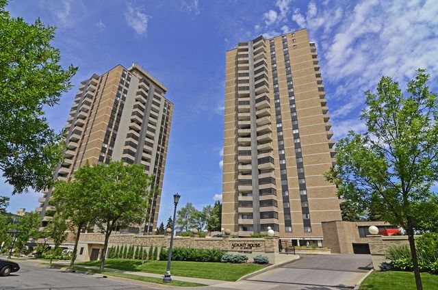 Summit House | 400 410 Groveland Ave, Mpls, 55403 | Loring Park